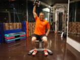 シュワルツ浅井の二の腕とレーニング