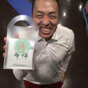 シュワルツ浅井、誕生日プレゼント!