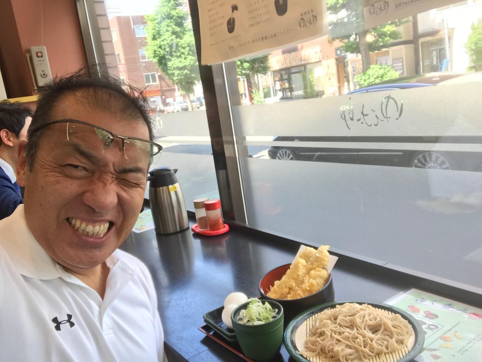シュワルツ浅井蕎麦を食う